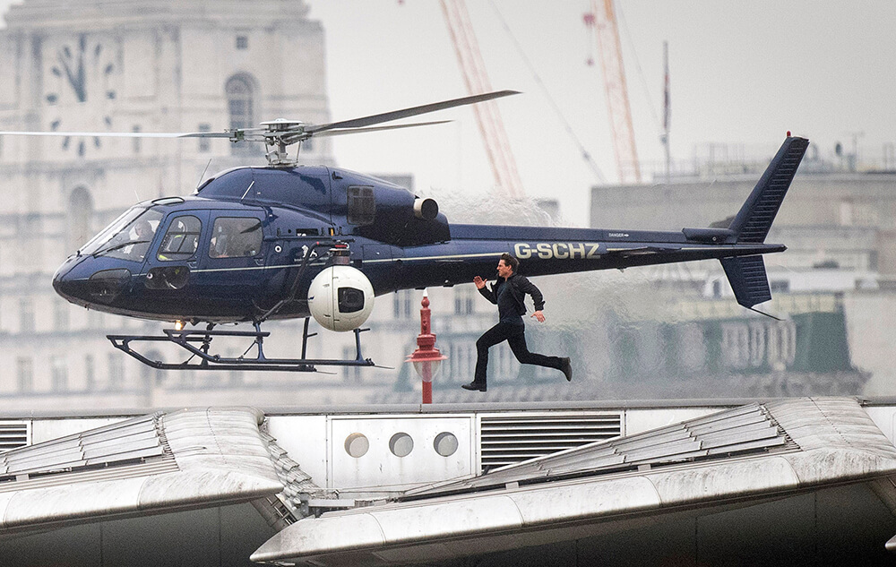 Mission Impossible filming on Blackfriars Bridge, Tom Cruise